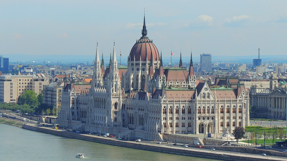 prague to budapest by runwell rent a car